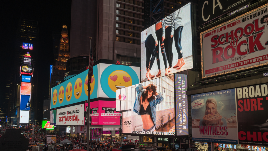 what is graphic design billboards